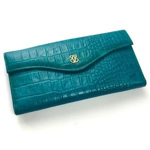 Buxton Gator Embossed Leather Wallet